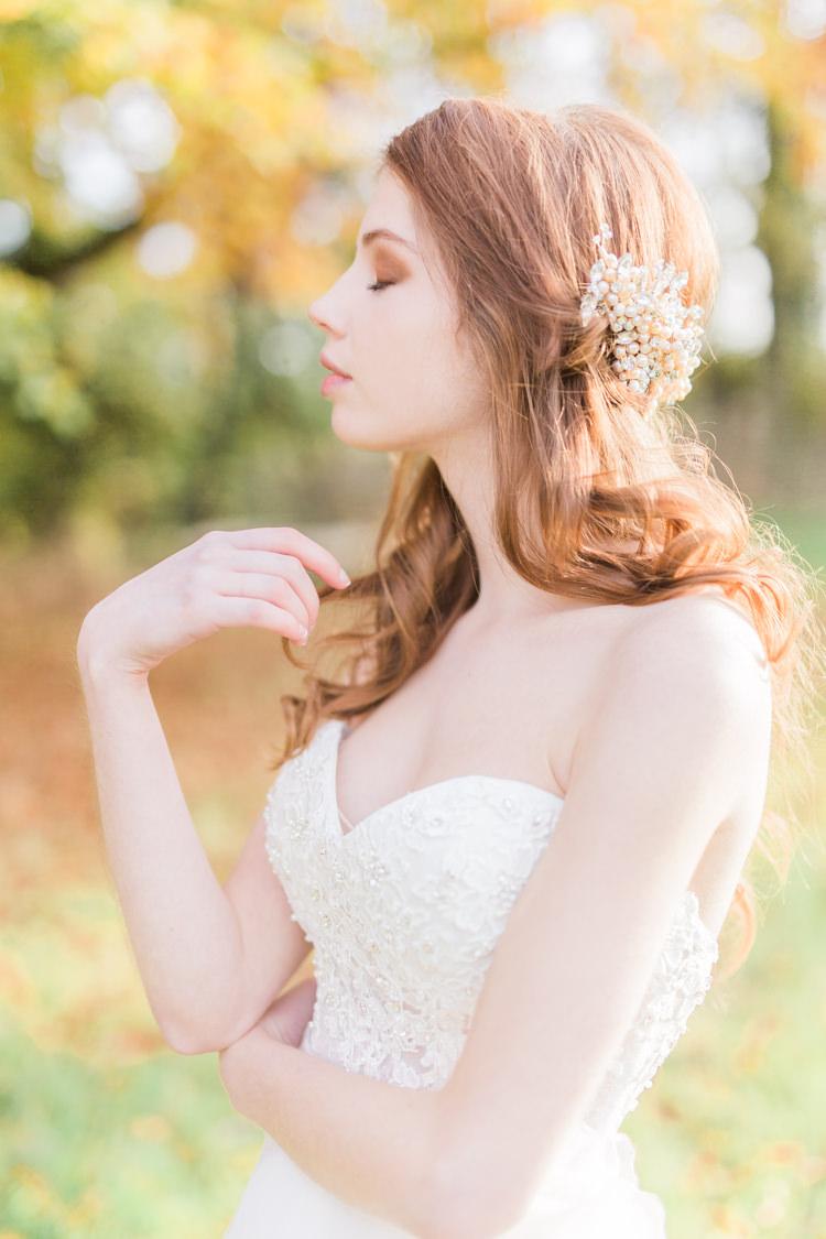 Hair Bride Bridal Accessory Dreamy Luxe Autumn Wedding Ideas http://suzanneli.co.uk/