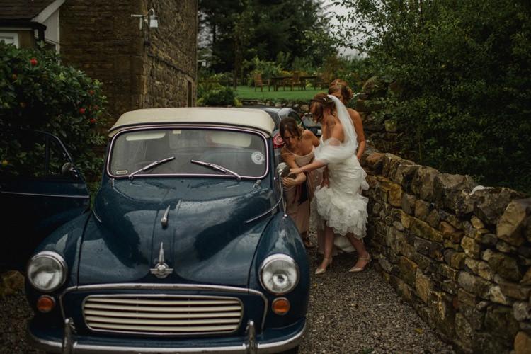 Morris Minor Car Transport Summer Country Pastels Wedding http://jesspetrie.com/