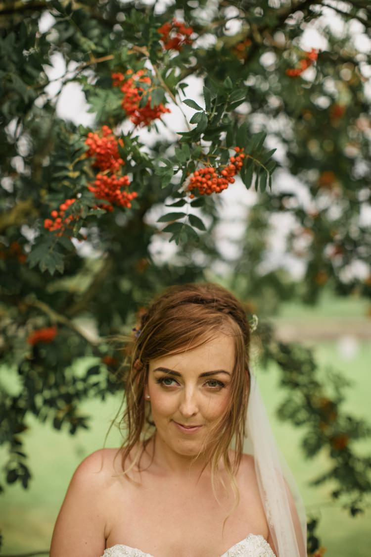 Hair Make Up Bride Bridal Summer Country Pastels Wedding http://jesspetrie.com/