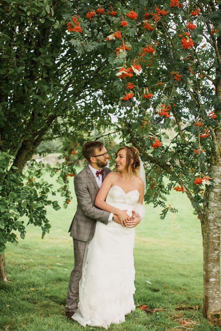 Summer Country Pastels Wedding http://jesspetrie.com/