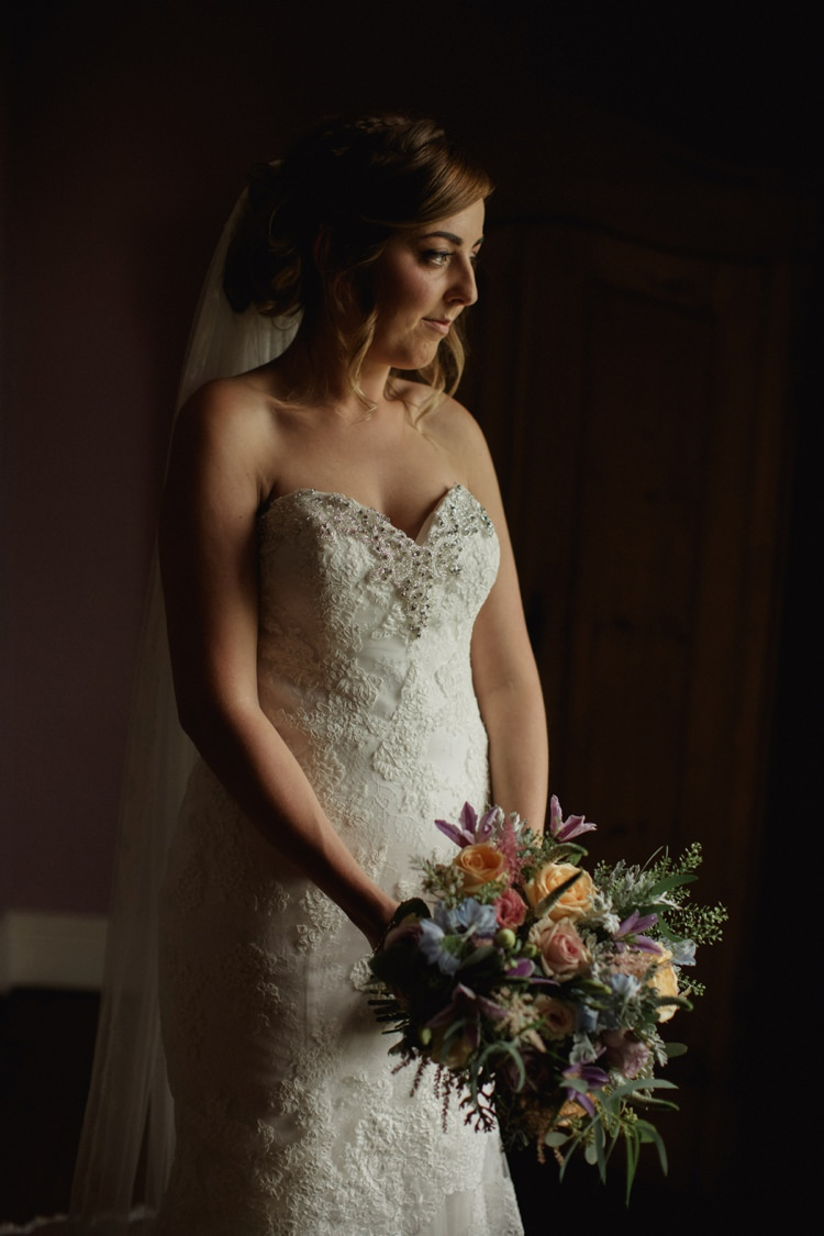 Sweetheart Strapless Gown Bride Bridal Jessica Enzoani Summer Country Pastels Wedding http://jesspetrie.com/