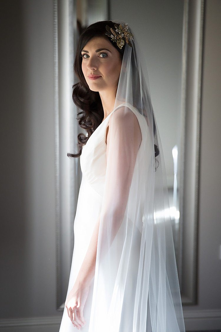 Veil Bride Bridal Accessory Chic Secret Garden Wedding Ideas http://marysmithphotography.com/