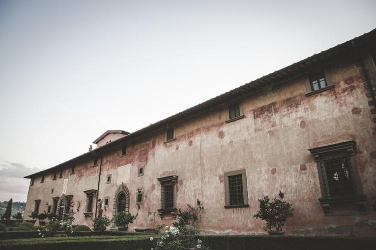 Outdoor Ceremony Location Historic Pink Villa Green Hedges Romantic Intimate Tuscany Destination Wedding http://angelicabraccini.com/