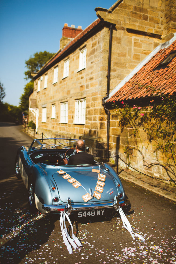 Vintage Car Decoration Convertible Powder Blue Country Rustic Charm Wedding https://photography34.co.uk/