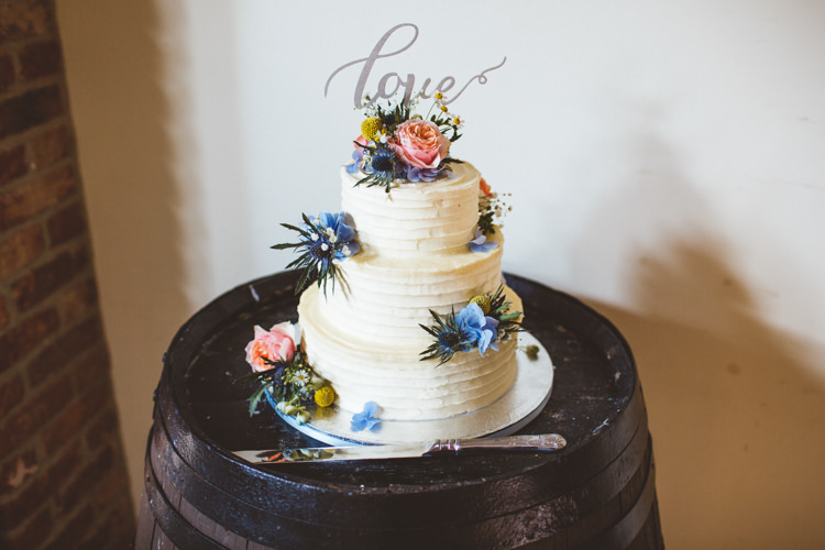 Buttercream Cake Flowers Topper Powder Blue Country Rustic Charm Wedding https://photography34.co.uk/