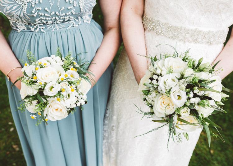 Rose Daisy Flowers Bouquets Bride Bridal Low Key Pastel Seaside Wedding http://holliecarlinphotography.com/