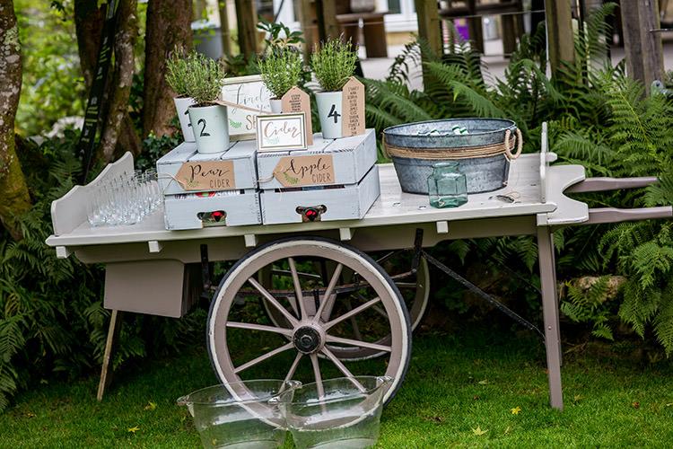 Drinks Cart Station Bar Whimsical Greenery Nature Wedding http://lunaweddings.co.uk/