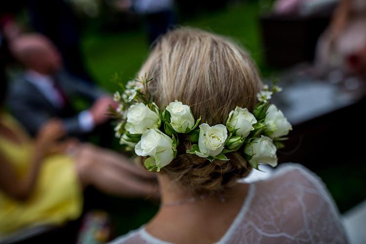 Rose Flowers Hair Bride Bridal Whimsical Greenery Nature Wedding http://lunaweddings.co.uk/