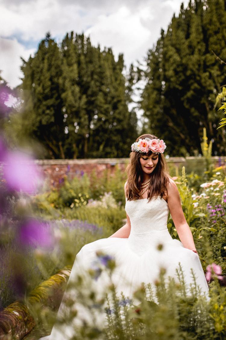 Vera Wang Dress Princess Strapless Bride Bridal Quirky English Garden Party Wedding http://www.michellewoodphotographer.com/