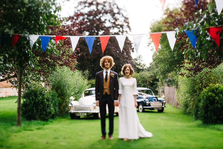 WWW Real Bride Diaries UK Blog Apply http://www.honeyandthemoonphotography.co.uk/