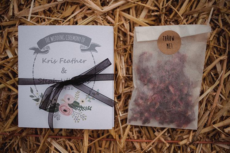 Stationery Floral Order Service Confetti Envelopes Bohemian Festival Tipi Wedding http://esmemai.com/