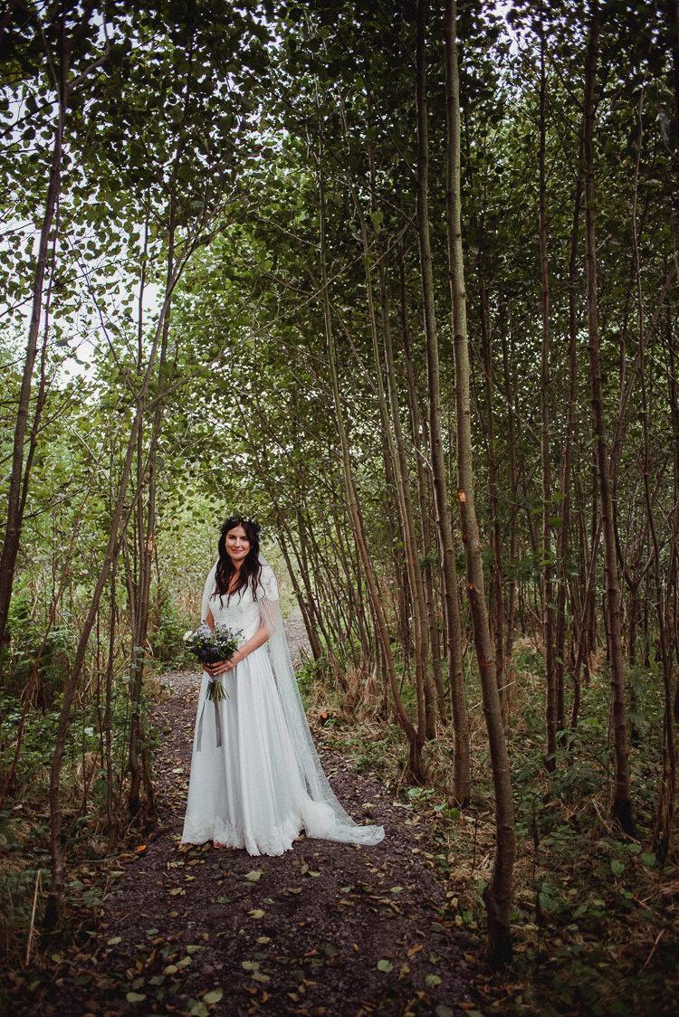 Lace Silk Gown Bride Bridal Veil Bohemian Festival Tipi Wedding http://esmemai.com/