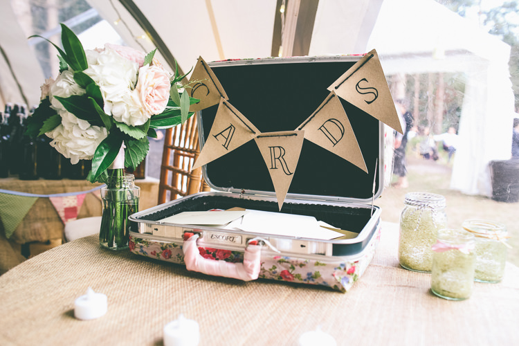 Card Suitcase Rustic Woodland Birds Outdoorsy Wedding http://www.emmaboileau.co.uk/