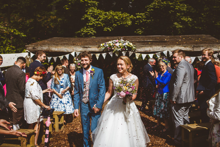 Confetti Throw Bride Groom Pretty DIY Outdoor Village Hall Wedding https://photography34.co.uk/
