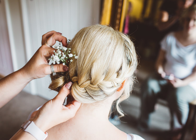Bridesmaid Hair Plait Braid Natural Woodland Hessian Lace Wedding http://holliecarlinphotography.com/