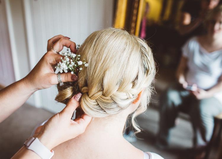 Bridesmaid Hair Plait Braid Natural Woodland Hessian Lace Wedding http://holliecarlinphotography.com/