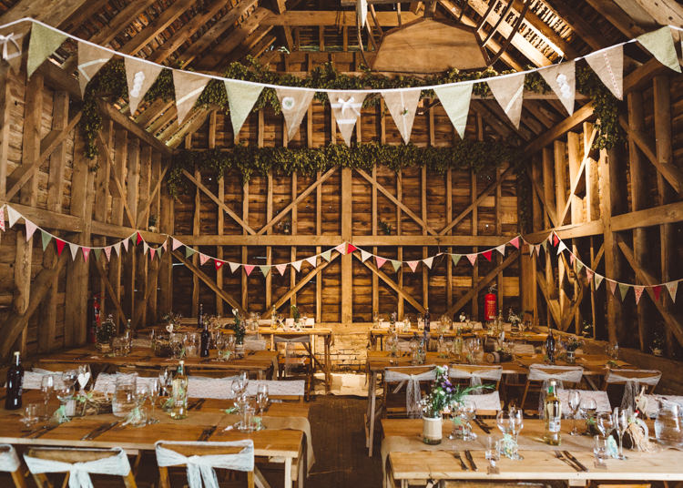Rustic Barn Decor Natural Woodland Hessian Lace Wedding http://holliecarlinphotography.com/