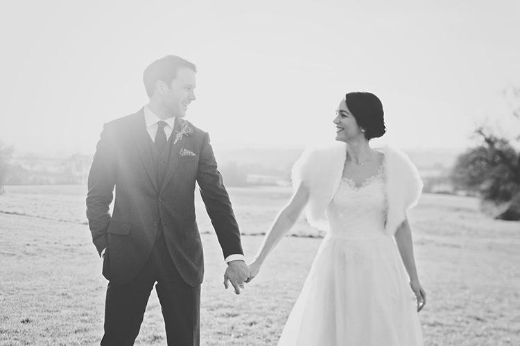 Elegant Luxe Red Blue Winter Wedding http://www.bennicarolweddingphotography.com/