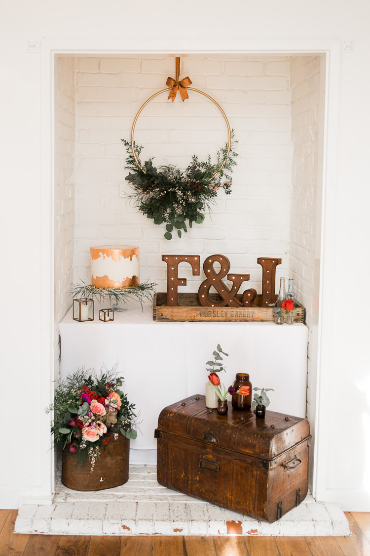 Decor Props Wooden Lights Hoop Flowers Luxe Copper & Red Wedding Ideas http://www.danielle-smith-photography.com/