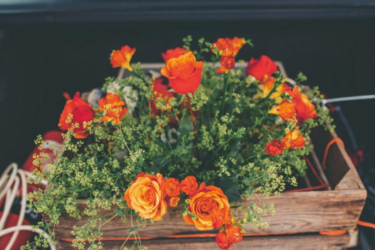Crate Flowers Orange Roses Bright Retro Vintage Sea Wedding http://www.larissajoice.co.uk/