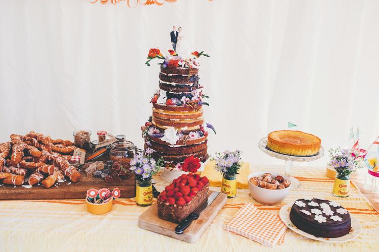 Naked Cake Layer Sponge Fruit Flowers Bright Retro Vintage Sea Wedding http://www.larissajoice.co.uk/