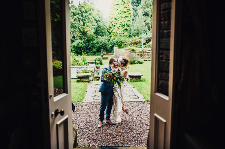 Quirky Stylish Country House Wedding http://www.stevebridgwoodphotography.co.uk/