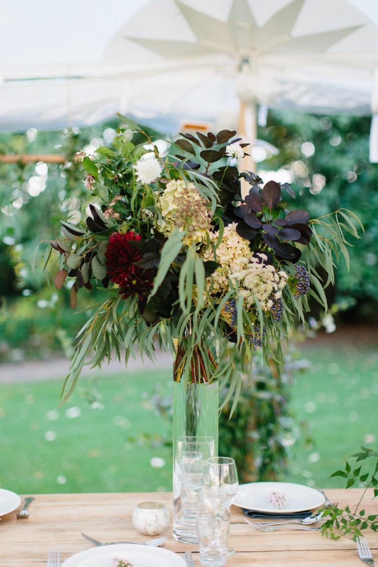 Oxblood Flower Trends Wedding Ideas http://www.melissabeattie.com/