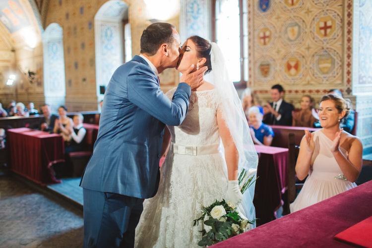 Beautiful Tuscan Villa Destination Wedding http://www.francessales.co.uk/