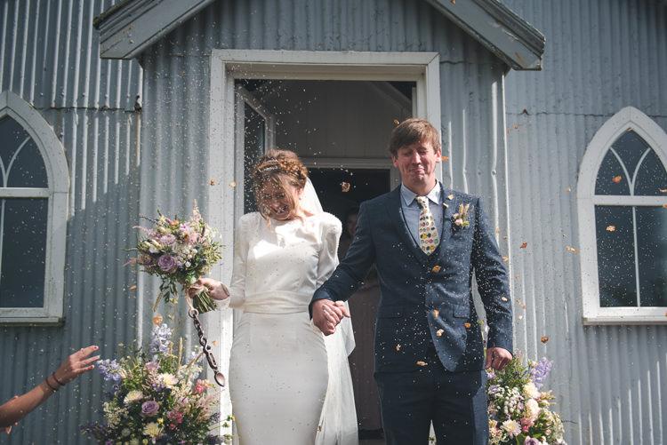 Colourful Country Farm Marquee Wedding http://www.hannahmilesphotography.com/