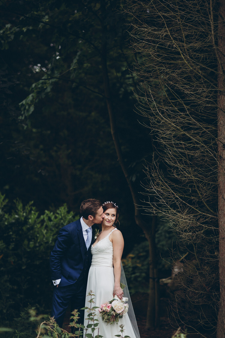 Blush Navy DIY Tipi Wedding Home http://www.kategrayphotography.com/