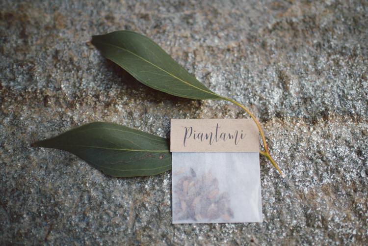 Place Card Cardboard Calligraphy Eucalyptus Leaves Botanical Copper Greenery Lake Como Wedding http://margheritacalatiphotography.com/