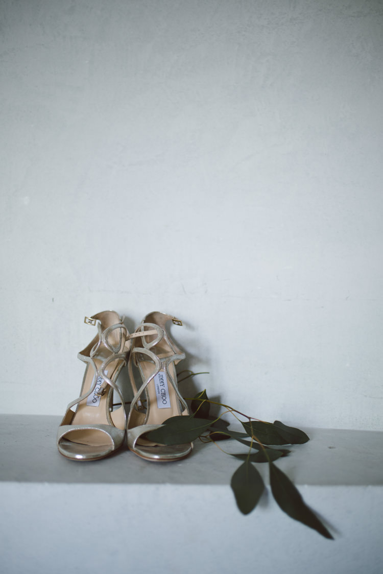 Bride Metallic Jimmy Choo High Heels Eucalyptus Leaves Botanical Copper Greenery Lake Como Wedding http://margheritacalatiphotography.com/