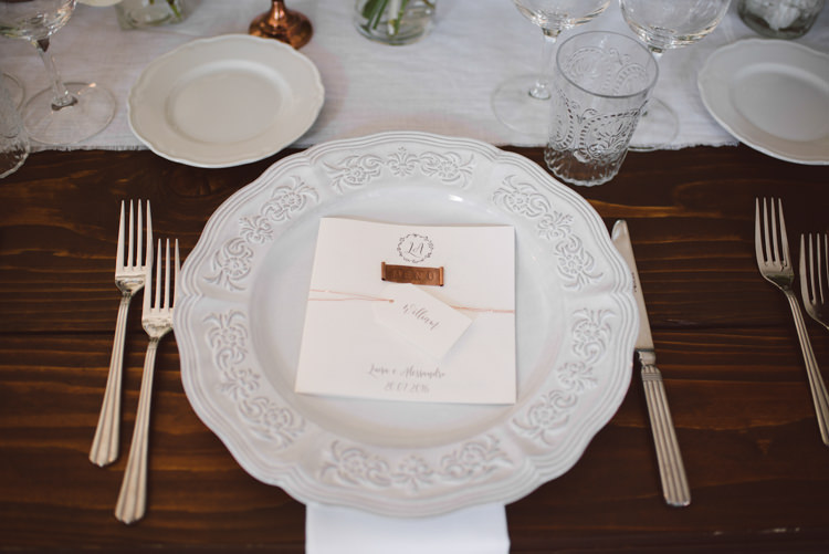 Reception Table Setting White Patterned China White Copper Wedding Stationery Botanical Copper Greenery Lake Como Wedding http://margheritacalatiphotography.com/