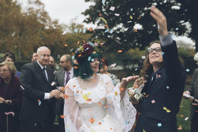 Confetti Throw Alternative Creative Budget Wedding http://www.petecranston.com/