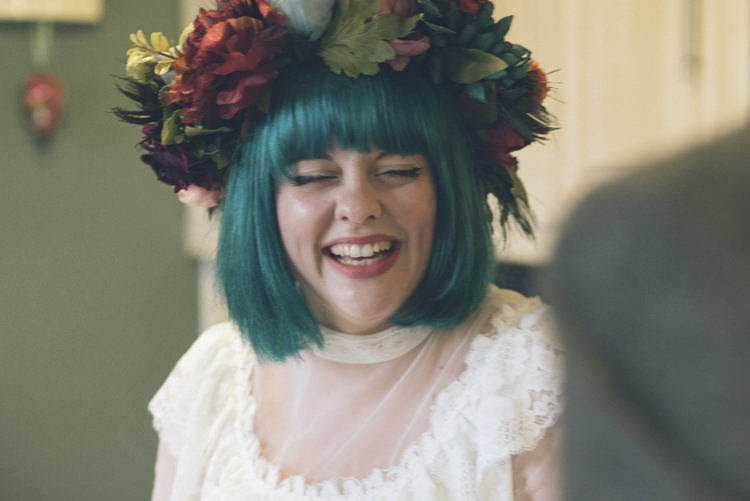 Flower Crown Bride Green Hair Blue Alternative Creative Budget Wedding http://www.petecranston.com/