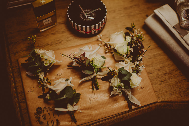 Buttonholes Flowers Modern Minimal Botanical Winter Wedding http://bigbouquet.co.uk/
