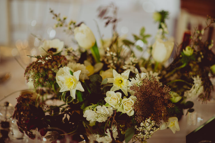 Bouquet Flowers Bride Bridal Greenery Foliage Burgundy White Ribbon Daffodils Modern Minimal Botanical Winter Wedding http://bigbouquet.co.uk/