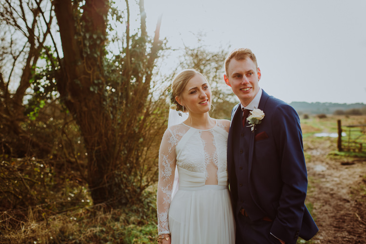 Modern Minimal Botanical Winter Wedding http://bigbouquet.co.uk/