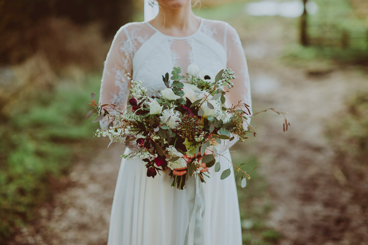 Bouquet Flowers Bride Bridal Greenery Foliage Burgundy White Ribbon Modern Minimal Botanical Winter Wedding http://bigbouquet.co.uk/