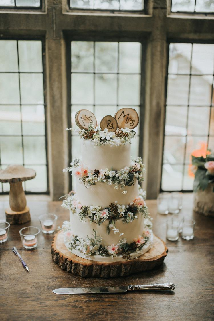 Rustic Cake Flowers Log Topper Enchanting Woodland Boho Wedding http://www.kerrydiamondphotography.com/