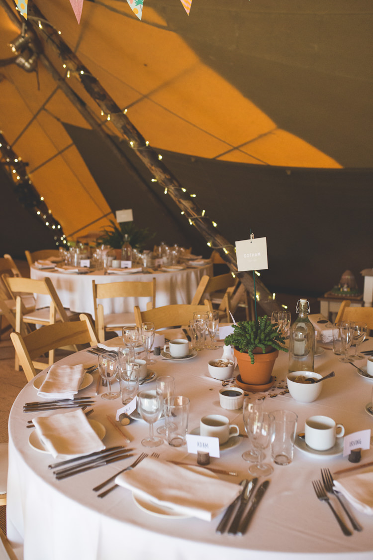 Tipi Decor Tables Delightfully Natural Pretty Garden Wedding http://www.elliegracephotography.co.uk/