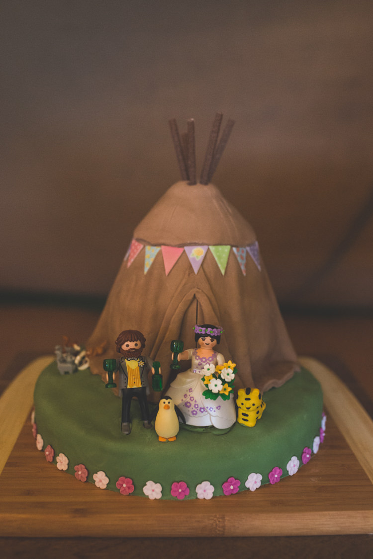 Tipi Cake Delightfully Natural Pretty Garden Wedding http://www.elliegracephotography.co.uk/