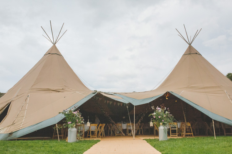Tipi Delightfully Natural Pretty Garden Wedding http://www.elliegracephotography.co.uk/