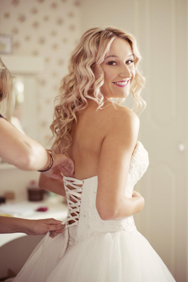 Long Wavy Blonde Hair Bride Bridal Curls Whimsical Woodland Autumn Wedding http://www.rebeccaweddingphotography.co.uk/