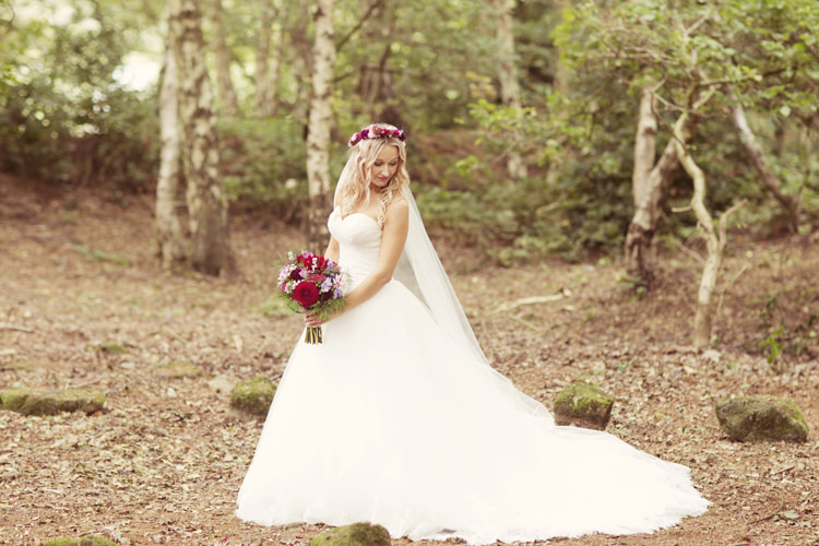 Princess Dress Strapless Bride Bridal Gown Whimsical Woodland Autumn Wedding http://www.rebeccaweddingphotography.co.uk/