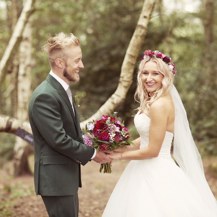 Whimsical Woodland Autumn Wedding http://www.rebeccaweddingphotography.co.uk/