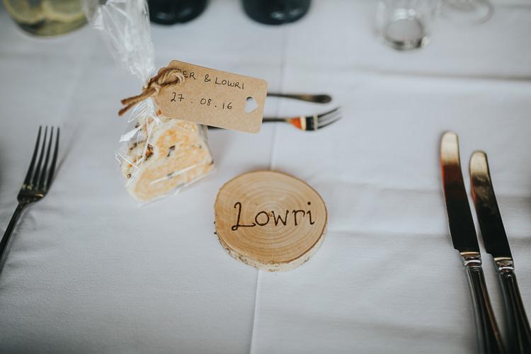 Name Place Card Favours Wood Slice DIY Farm Weekend Long Wedding http://www.nestalloyd.co.uk/