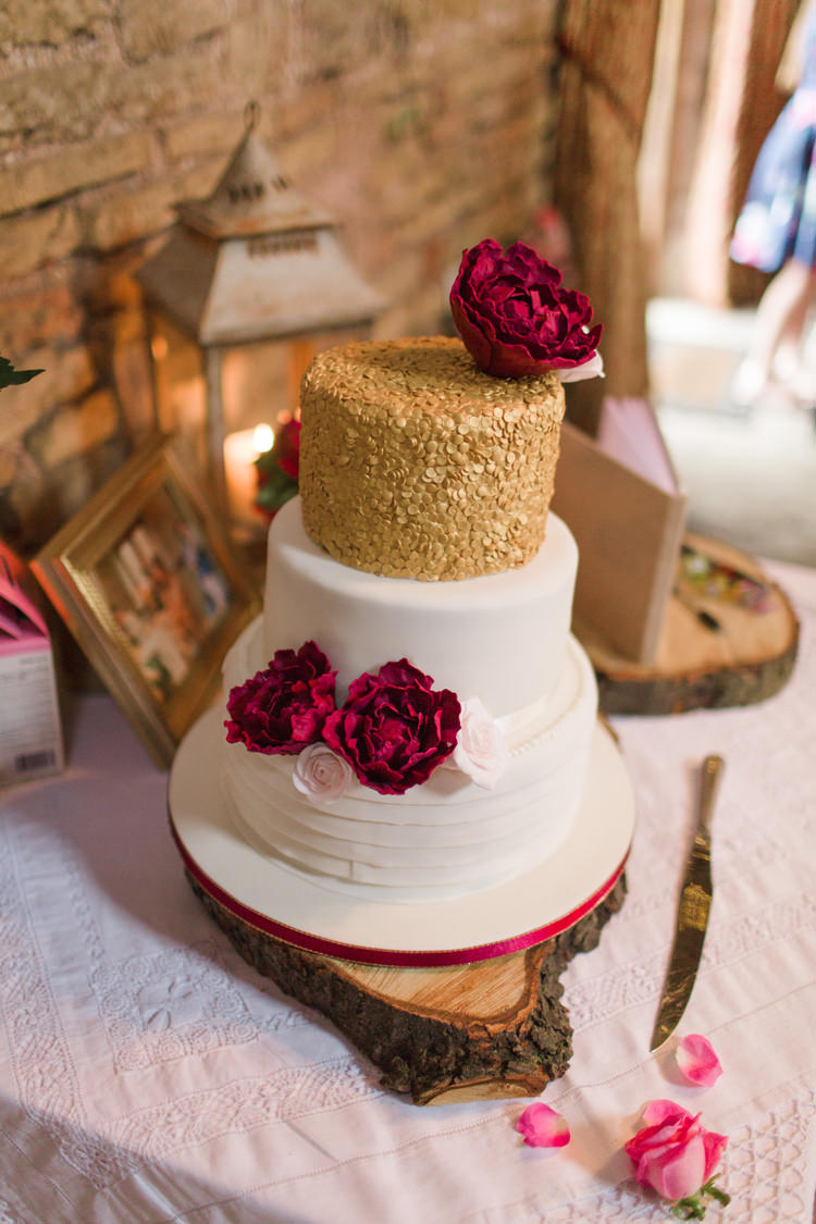burgundy gold wedding cake burgundy amp gold rustic glam barn wedding whimsical 12238