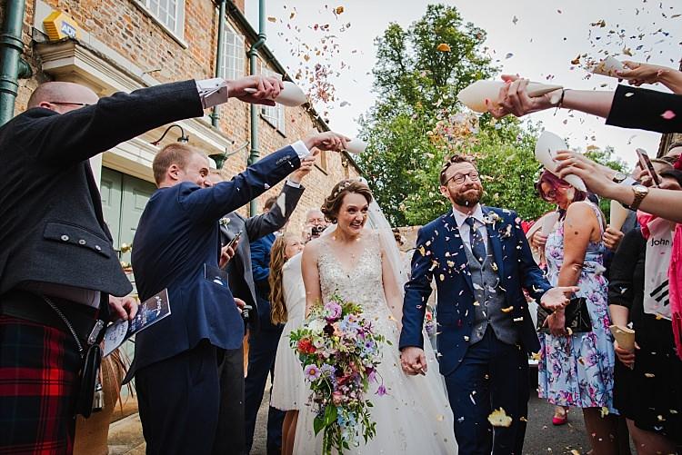 Confetti Throw Sparkle Old Hollywood Glamour Wedding https://www.jonnybarratt.com/