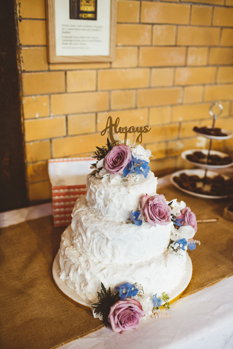 Cake Table Topper Rough Icing Flowers Industrial Cool Museum Wedding https://photography34.co.uk/